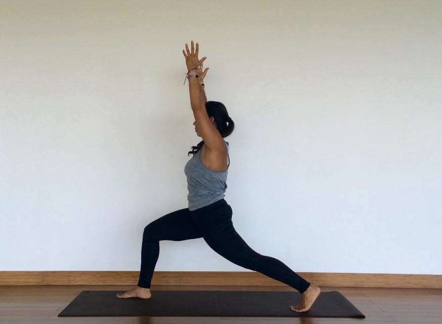 yoga tutorial: high lunge